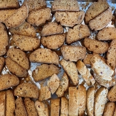 Fresh cookies like Greek Biscotti available daily in our Marketa!⠀ A crunchy Greek cookie similar to Italian biscotti, this twice-baked treat is made with a flavorful combination of barley flour, sesame seeds, ouzo, and a hint of orange.  #longislandfoodie #longislandeats #nyfoodie #longisland #lifoodie #lieats #longisland #manhasset #exploreliny #nytimesfood #tasteoflongisland